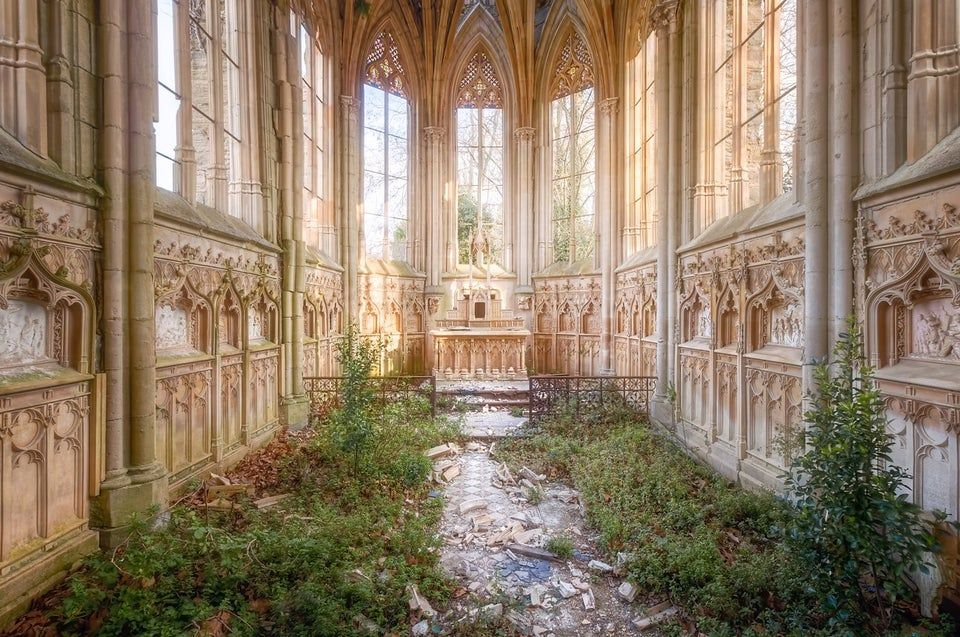 Abandoned French chapel